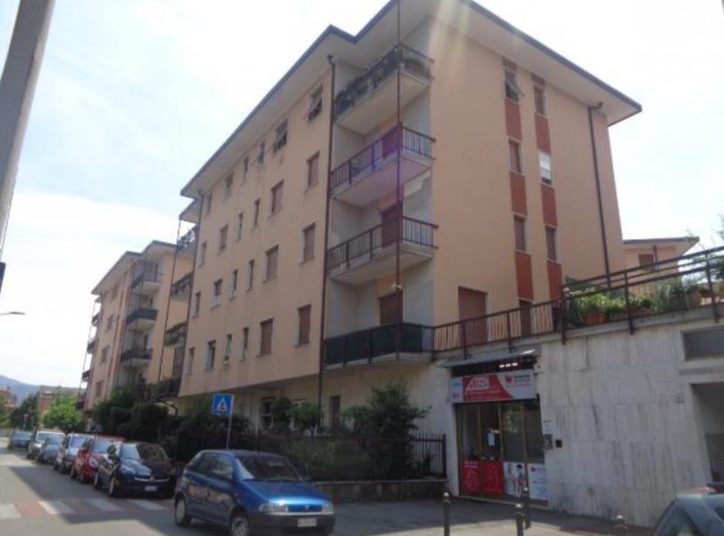 Immobile a destinazione commerciale in Brescia