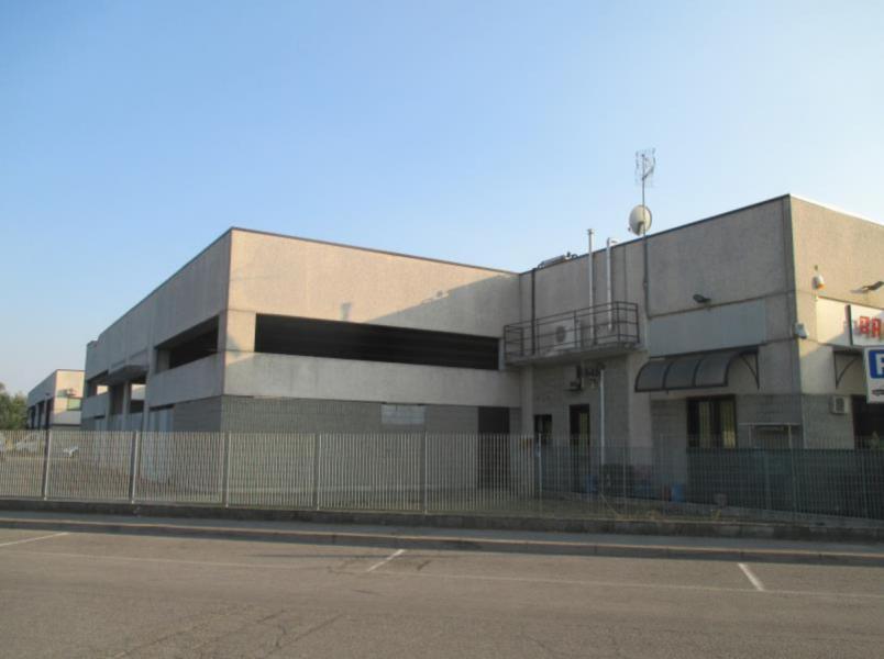 Immobile a destinazione ufficio ubicato ai piani terra e primo di un complesso artigianale in Lodi Vecchio